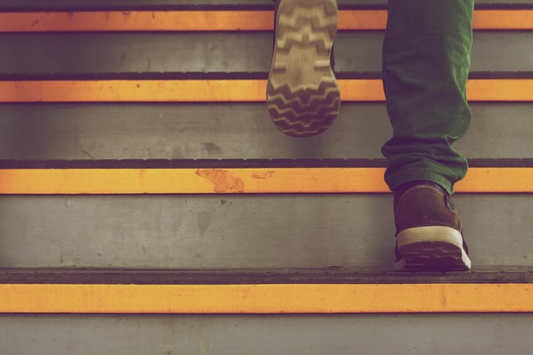 steps-388914_960_720